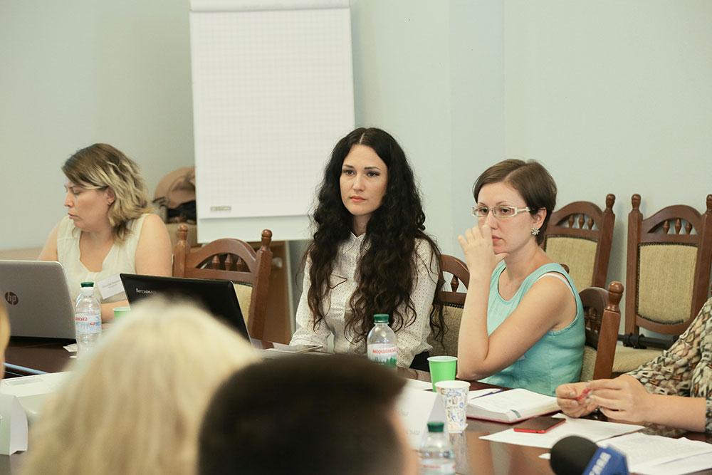 Маріель Славська, на круглому столі в Ірпені