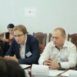 Олексій Зіневич, на круглому столі в Ірпені